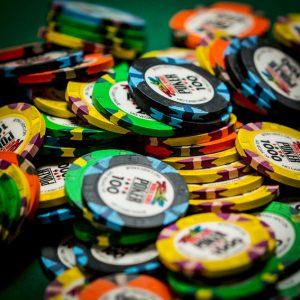 Phỉnh Chip Poker